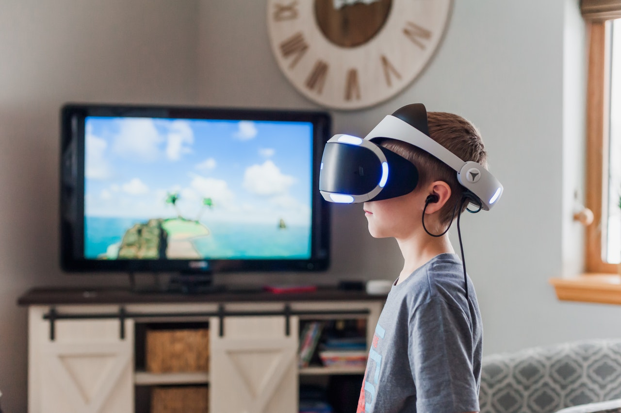 How Virtual Reality Software For Schools Are Shaping Your Kid's Future?