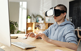 4 Ways To Grow Your Kid's Creativity Using Virtual Reality in Education and Training
